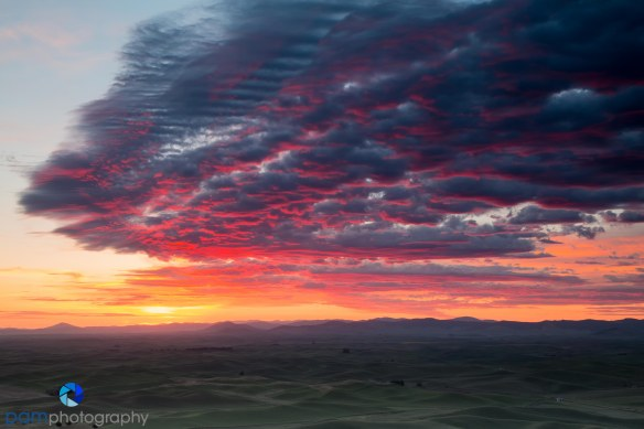 Sunrise on Steptoe Butte