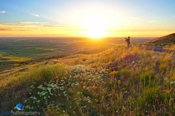 Mary waiting for sunset on Steptoe Butte